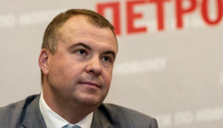 Жена Гладковского получила 2 млн процентов в банке Порошенко