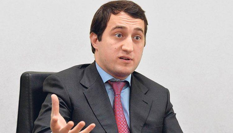 Гуцериев «прислал» Гонтаревой документы на покупку Сбербанка