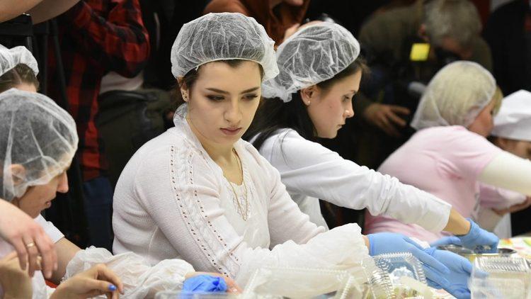 Дети Порошенко прилетели из Англии на каникулы (фото)