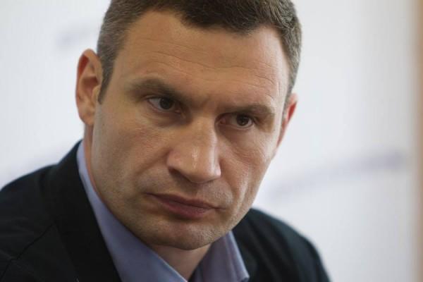 Кличко пообещал увольнять «тормозов»-чиновников