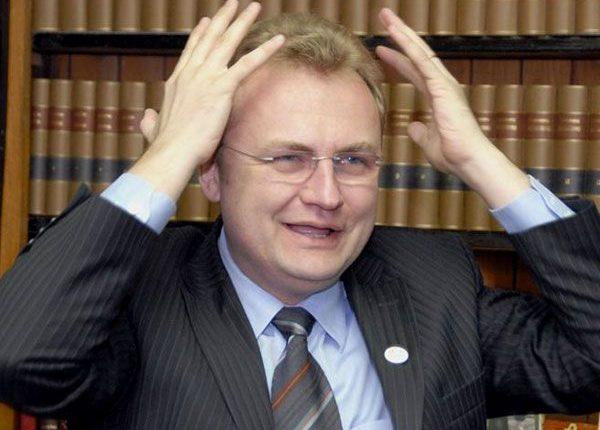 НАБУ решило «покопаться» в декларации Садового