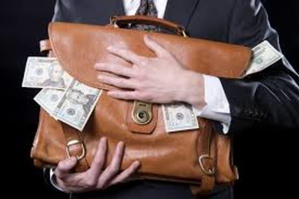 Предпринимателя подозревают в уклонении от уплаты 1 млн гривен налогов с помощью е-декларирования