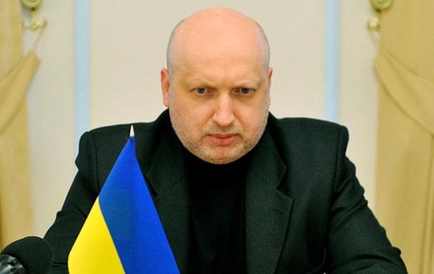 Турчинов решил заработать электоральные баллы на замене АТО