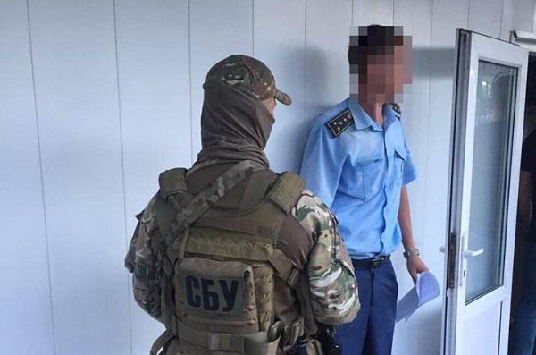 Чиновников Одесской таможни уличили вкоррупционной схеме поввозу авто