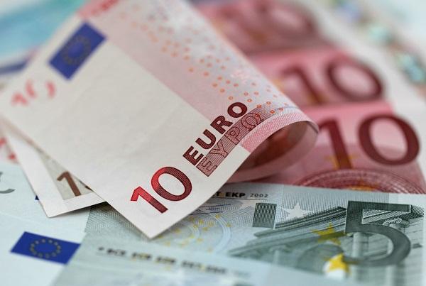 НБУ упростил валютные операции для банков и их клиентов