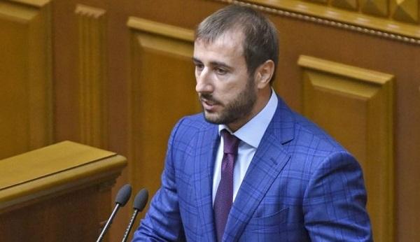 Народный депутат потребовал извинений отЛуценко заслова обизнесе вРФ
