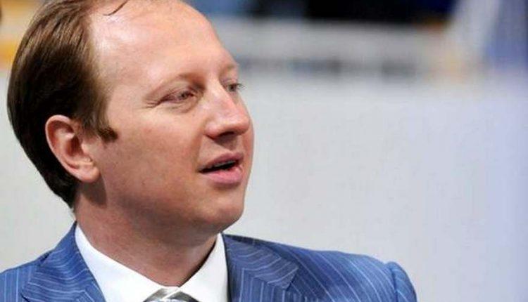 Банкир Дядечко закрепился в «черном списке» НБУ