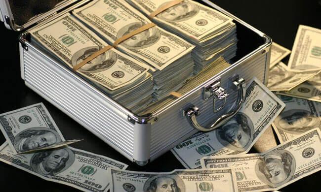 Как сейчас работает цепочка создания и продажи «схемного» налогового кредита и обналичивания
