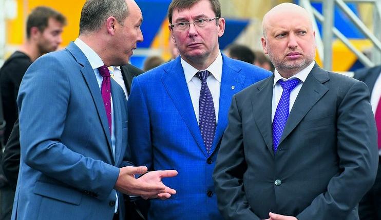 Неделя в разрезе: «Ракетный» скандал и маневры Луценко