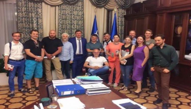 Луценко поговорил с блогерами о судьбе Саакашвили