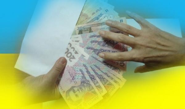 Эксперт указала на возмутительное поведение власти в ситуации с коррупцией