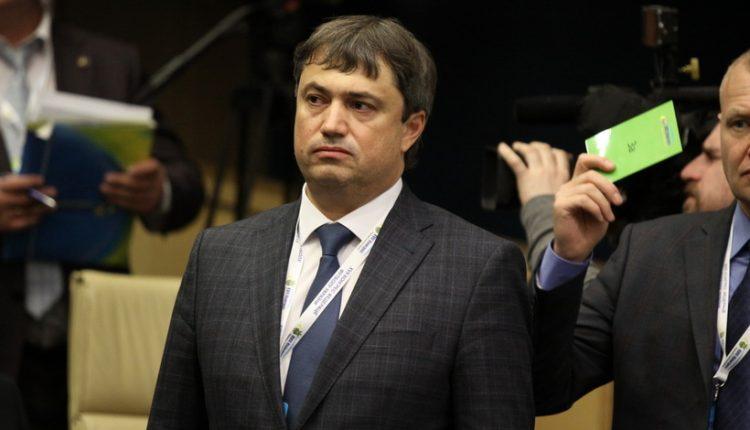 Вице-президента ФФУ Костюченко обвинили в использовании поддельного диплома