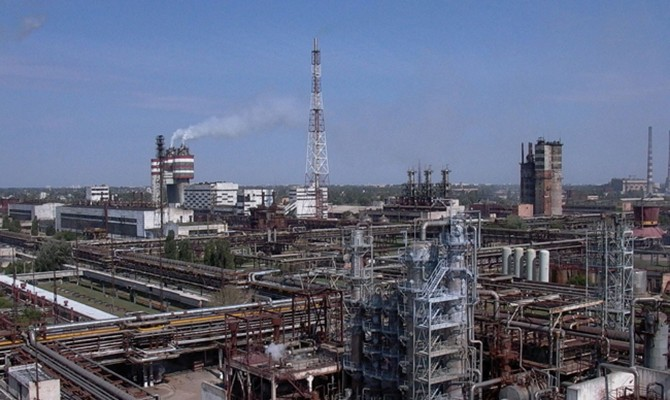 Черкасский завод Фирташа остановил производство карбамида
