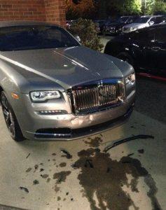 В Вашингтоне водитель разгромил автосалон на $ 500 тысяч