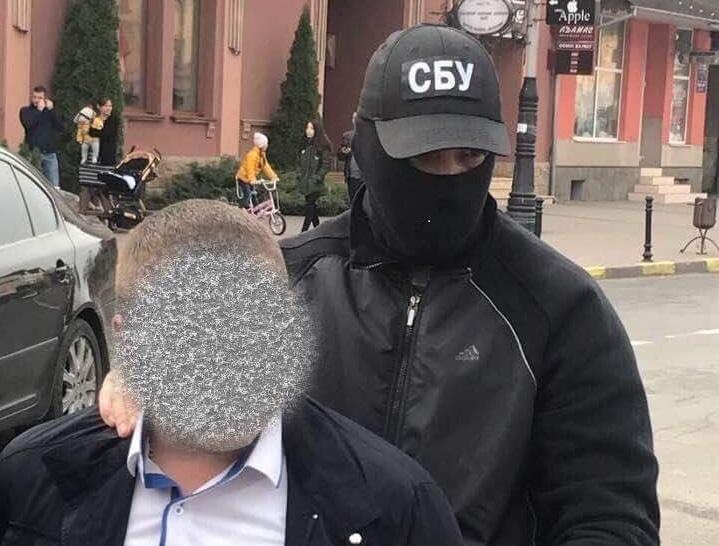 Заместителя начальника Тячевского отдела милиции задержали завзятку