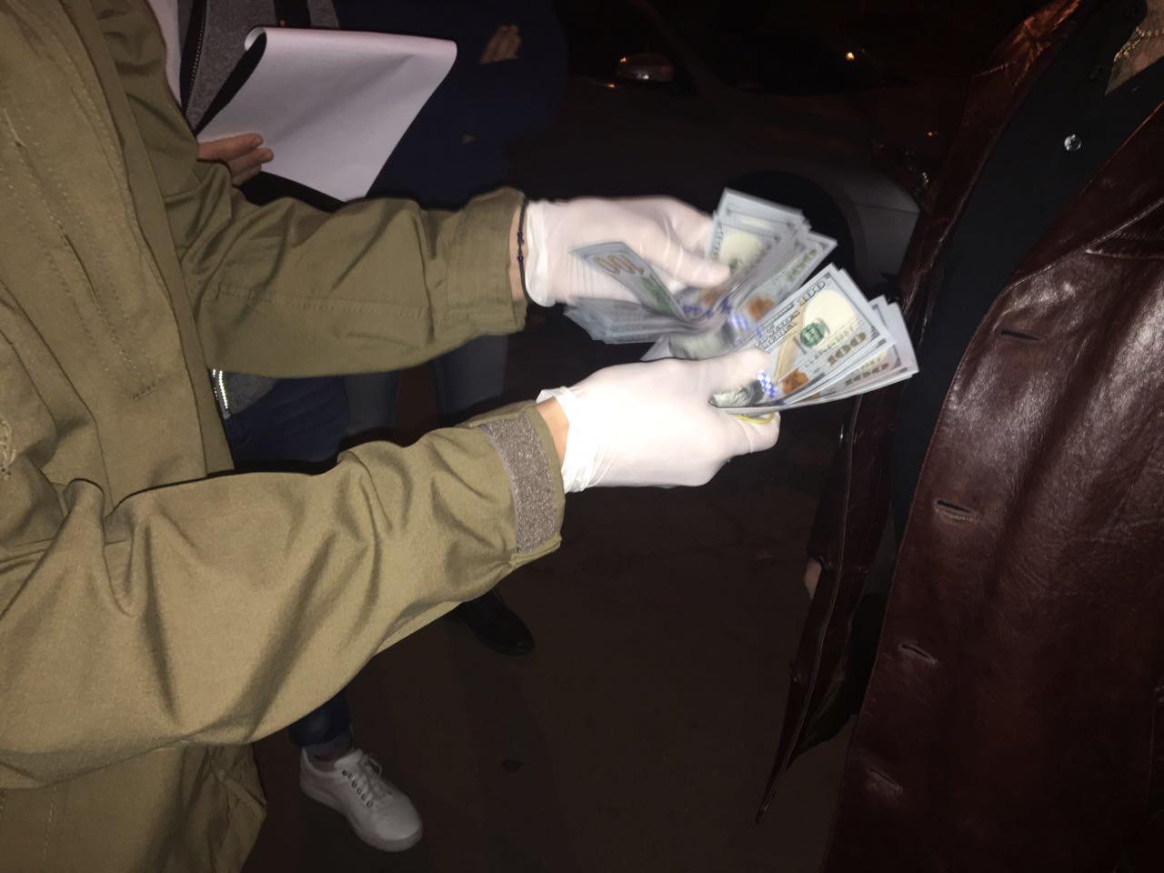 Навзятке в $3 тысячи погорел полковник Генштаба— очередной сдался