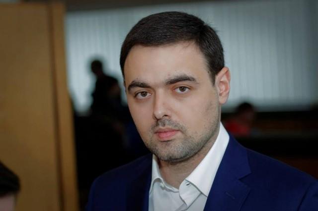 Скандальный секретарь горсовета Днепра подал в отставку