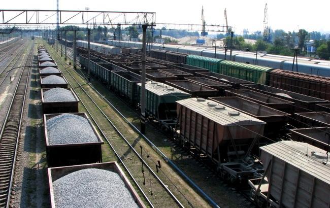 Тарифы «Укрзализныци» нагрузоперевозки увеличились на15%