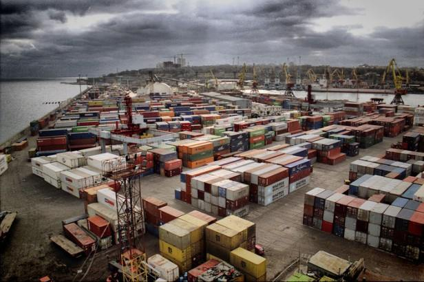 В ГФС сообщили об аресте 450 млн гривен компаний известного контрабандиста