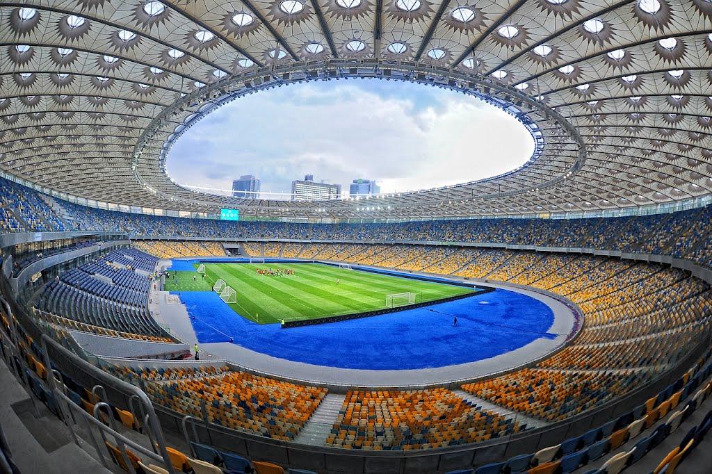 Наобновление НСК Олимпийский перед концом ЛЧвыделено 103 млн. грн