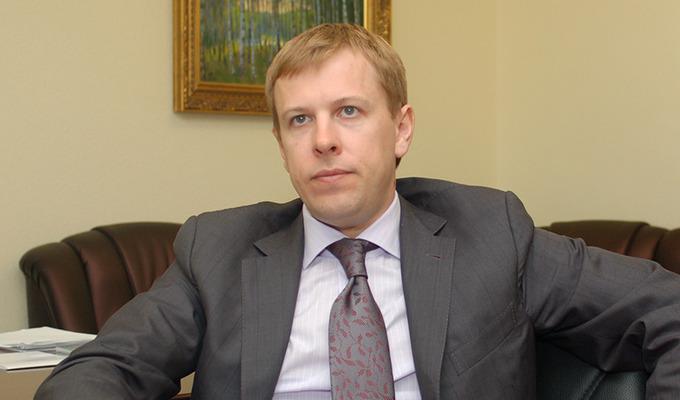 Хомутынник покупает семь компаний Веревского