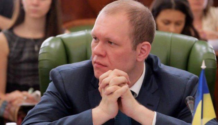 """У Дзензерского открылся """"кредитный"""" фронт"""