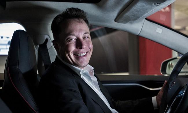 Tesla представит электрогрузовик 16ноября вКалифорнии