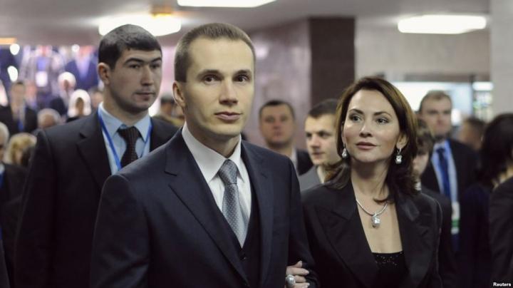 Януковича поставили в уголь