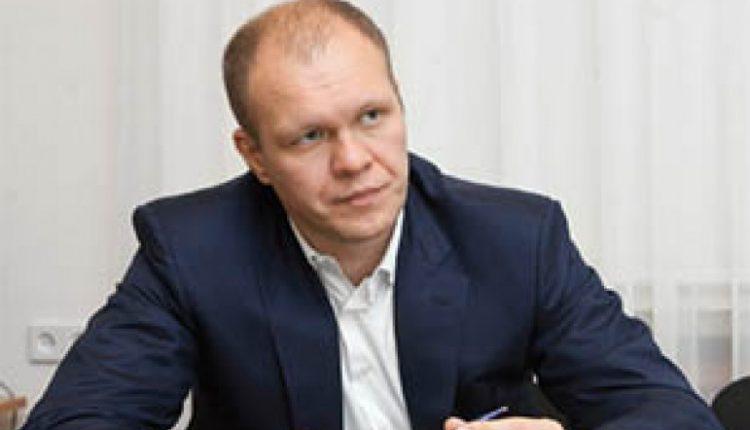 Нардепу Дзензерскому запретили выезжать за кордон из-за долга