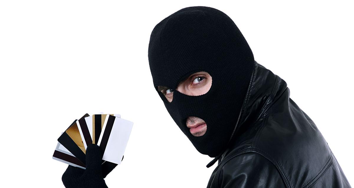 НБУ: вгосударстве Украина уменьшилась доля мошеннических операций сбанковскими картами