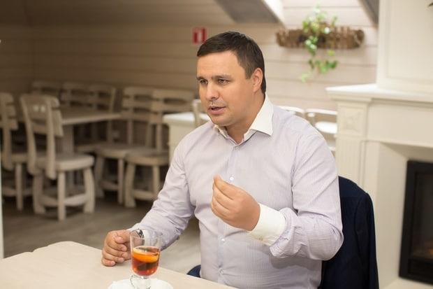 """Нардеп Микитась подал документы на покупку 25 % акций """"Проминвестбанка"""""""