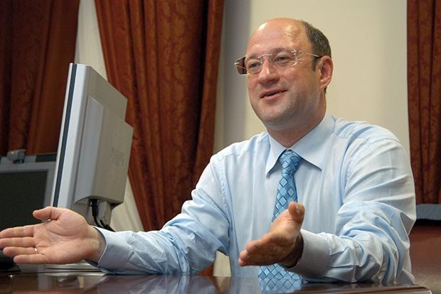 Укргазбанк выдаст компании Бабакова и Гинера кредит на 910 млн