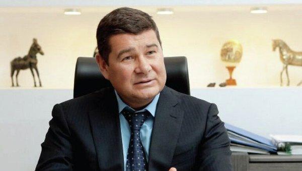 Беглый нардеп Онищенко нанял адвоката, посадившего Лазаренко