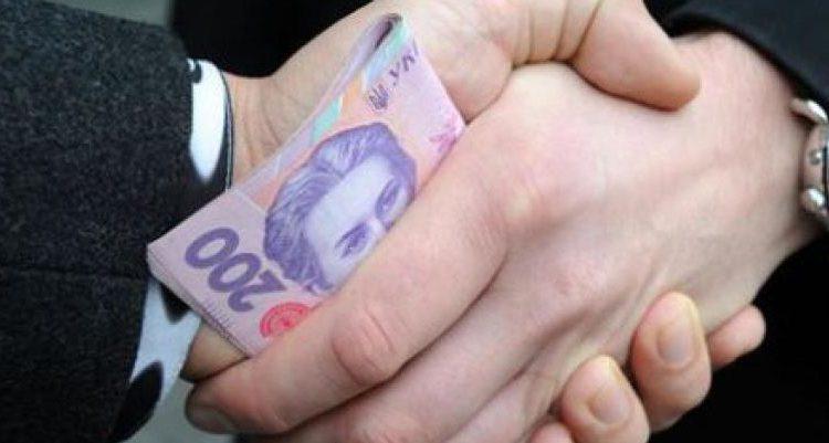 Бухгалтеров вуза задержали за вымогательство 31 тысячи