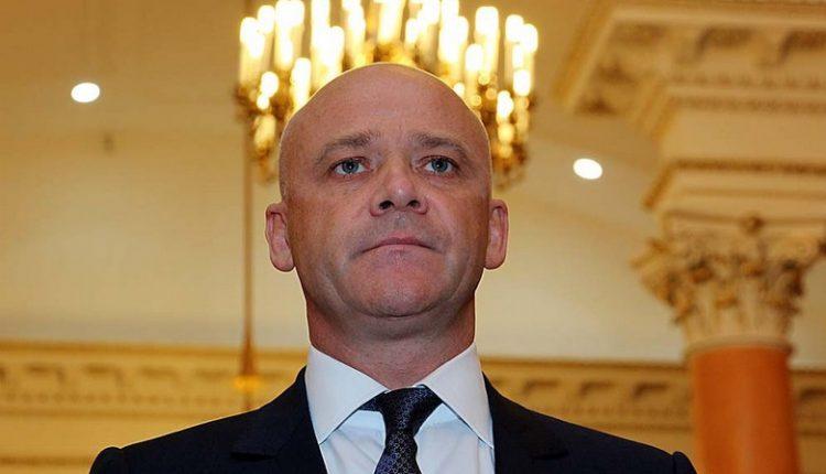 Труханов за год получил 68 тысяч зарплаты