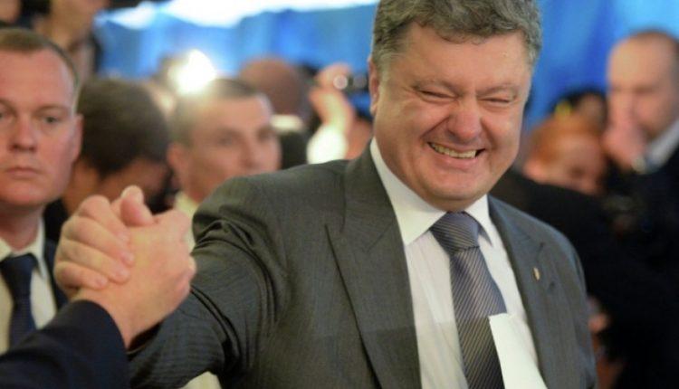 """Сергей Лещенко: """"Порошенко будет цепляться за власть руками, ногами и зубами"""""""