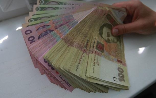 Украинцы зарабатывают меньше, чем тратят