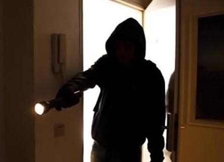 В Киеве из квартиры французского дипломата украли имущество стоимостью 740 тысяч