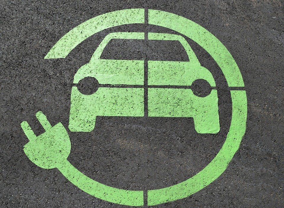 Около 1,8 тысячи электромобилей зарегистрировано в РФ наначало года