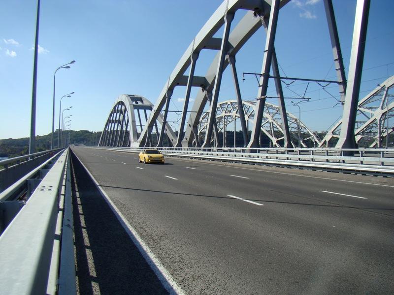 Нацполиция расследует фиктивную схему при строительстве Дарницкого моста в Киеве