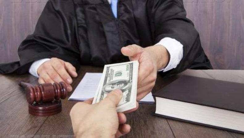 Судью Окружного админсуда Киева поймали навзятке в $2 тысячи