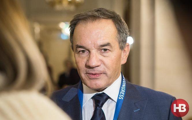 Мишель Терещенко убрал из кабинета портрет Порошенко