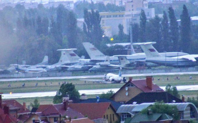 """В аэропорту """"Киев"""" произошла авария"""