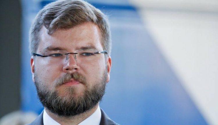 """Михаил Подоляк: """"Сказочный «железнодорожник» впаривает нам про обновление"""""""