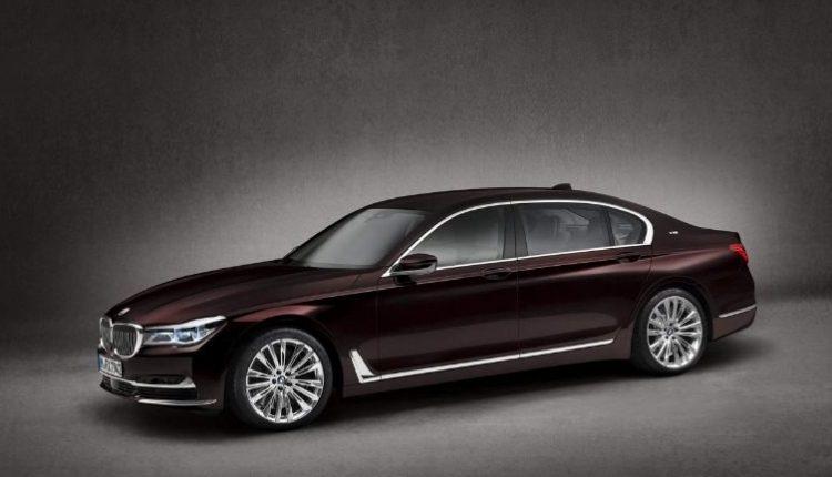 На BMW местного застройщика стоимостью в 4 миллиона разъезжает мэр