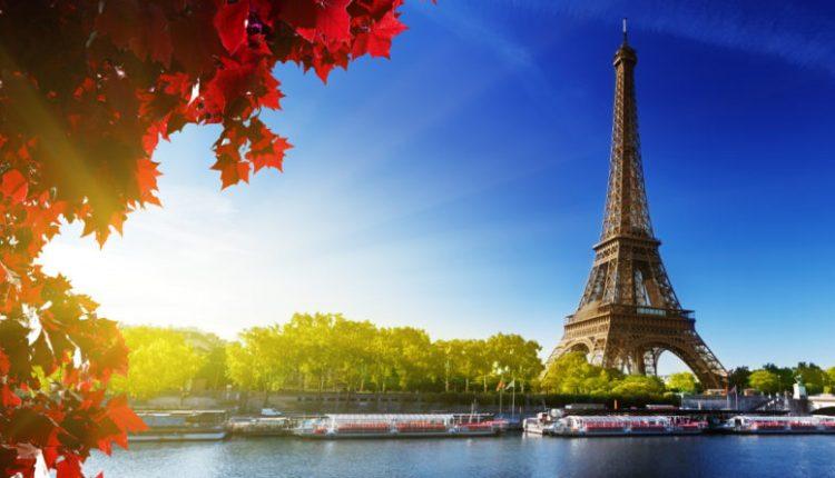 Франция стала самой популярной страной для туристов