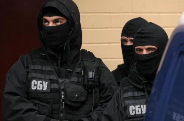 СБУ и ГПУ провели обыски в офисах собственника автозаправок ОККО
