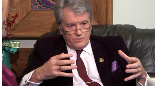 Ющенко обозвал критиков своего пчеловодства