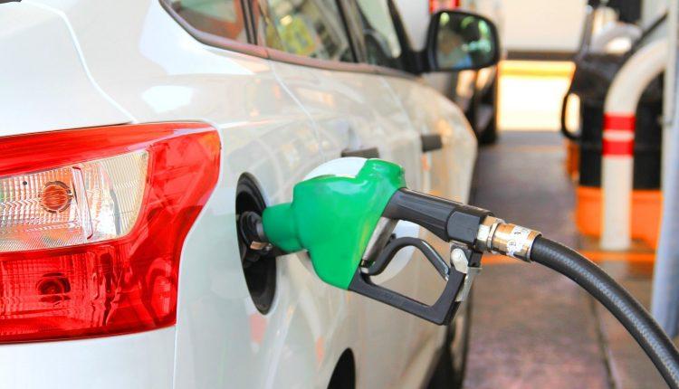 Украинские АЗС накрыла новая волна повышения цен на топливо