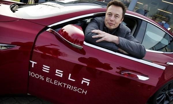 Из Tesla бегут топ-менеджеры